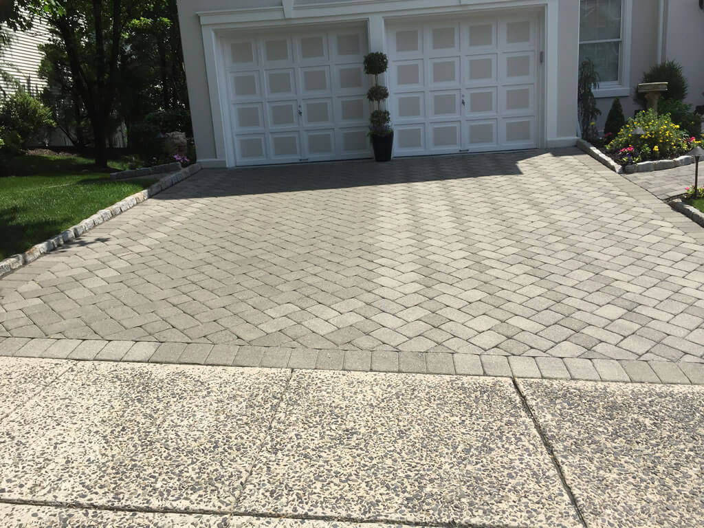 Paver Dyeing Driveway Before