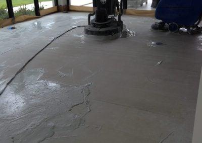 grinding limestone