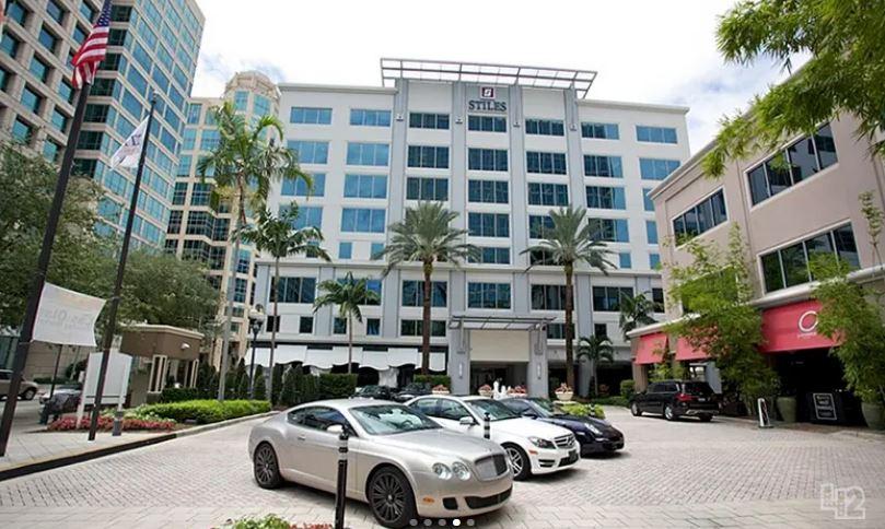 Plaza Las Olas - Fort Lauderdale, FL